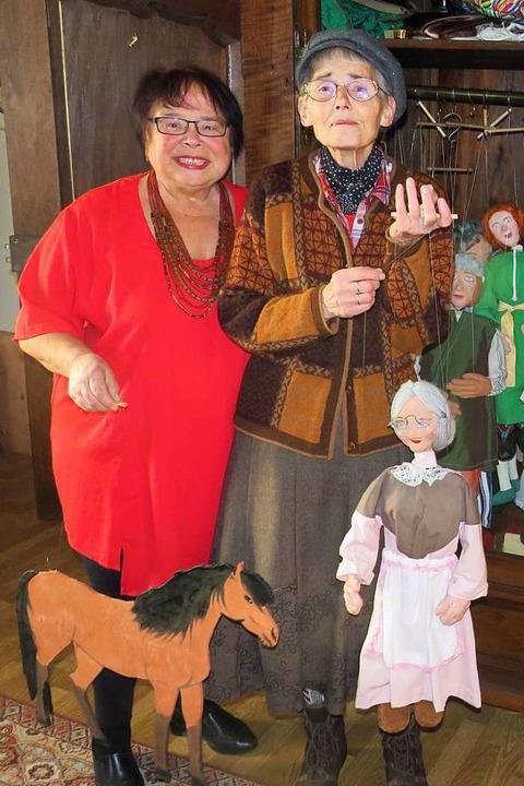 Mit Spielfreude und großem Einfühlungs...e Schonhardt die Marionetten zum Leben  | Foto: Claudia Gempp