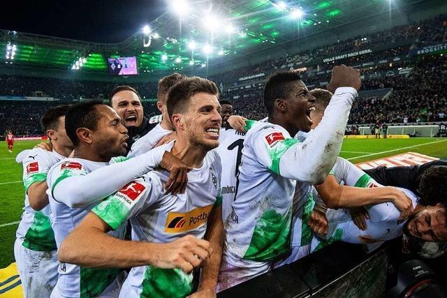 Gladbach besiegt die Bayern dramatisch mit 2:1