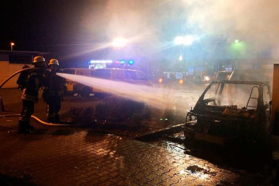 Die Feuerwehr konnte nicht mehr verhin...sorgte für besondere Herausforderungen  | Foto: Feuerwehr Offenburg