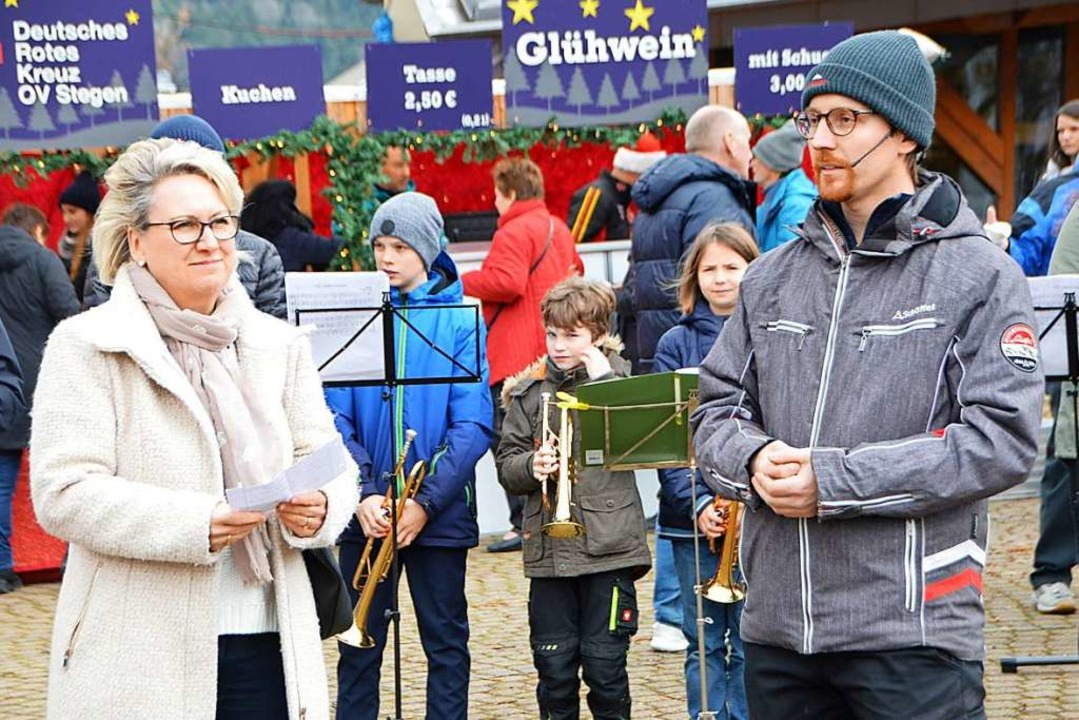 Bürgermeisterin Fränzi Kleeb und Abteilungskommandant Markus Schuler  | Foto: Horatio Gollin