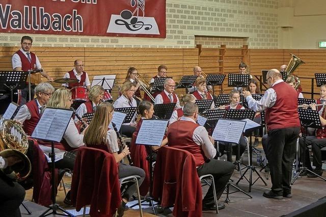 Musik mit Herz beim Jahreskonzert des Wallbacher Blasorchesters
