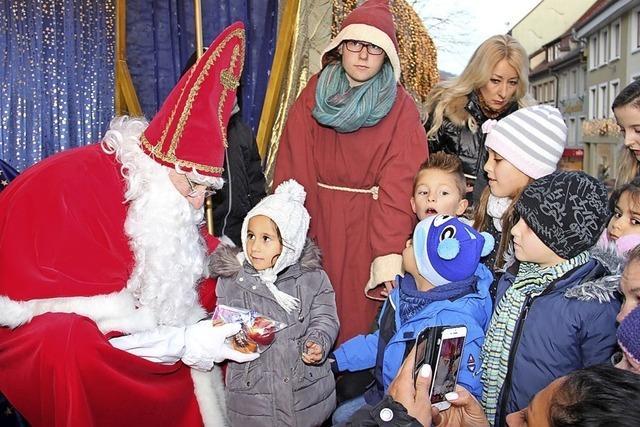 Kleine Geschenke für 100 Kinder