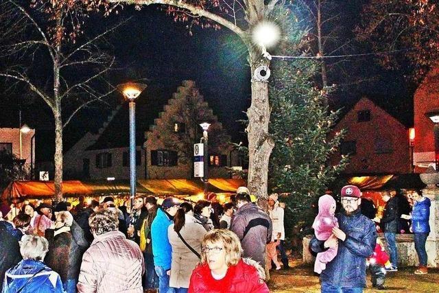Im Weihnachtsdorf Binzen auf die besinnliche Zeit einstimmen