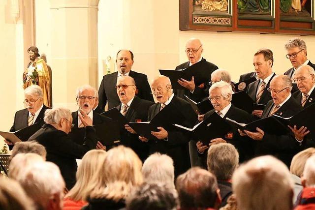 Chor '72 singt Advents- und Weihnachtslieder verschiedener Kulturen