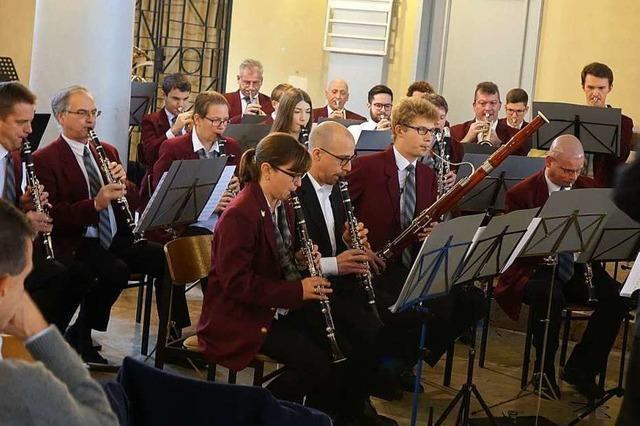 Stadtmusik Lörrach widmet ihr Adventskonzert dem Fluss der Zeit