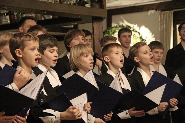 Sankt Petersburger Knabenchor gibt Adventskonzert in der Mutterhauskirche
