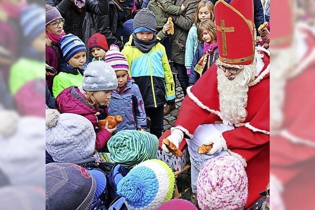 Weihnachtsdorf Schönau sonnt sich im Wetterglück