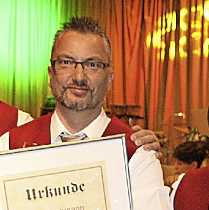 Kurt Lehmann wurde für 30 Jahre Vereinstätigkeit geehrt.  | Foto: Peter Schütz