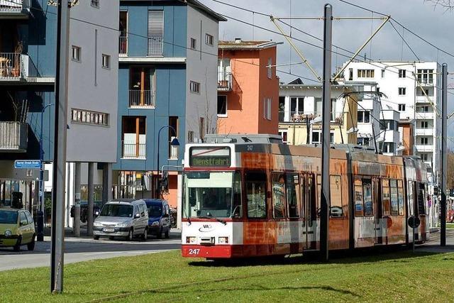 Senior stirbt nach Straßenbahnunfall in Freiburg