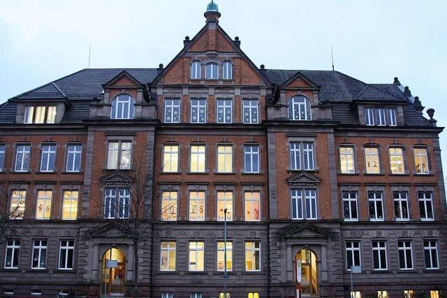 Der größte Adventskalender Waldkirchs entsteht an der Schwarzenbergschule
