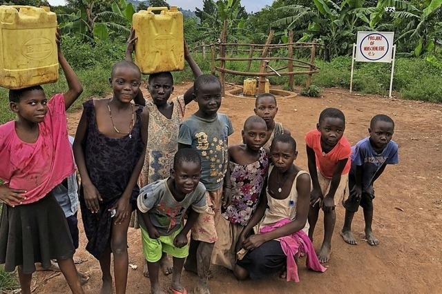 Offenburger Verein baut Brunnen in Uganda