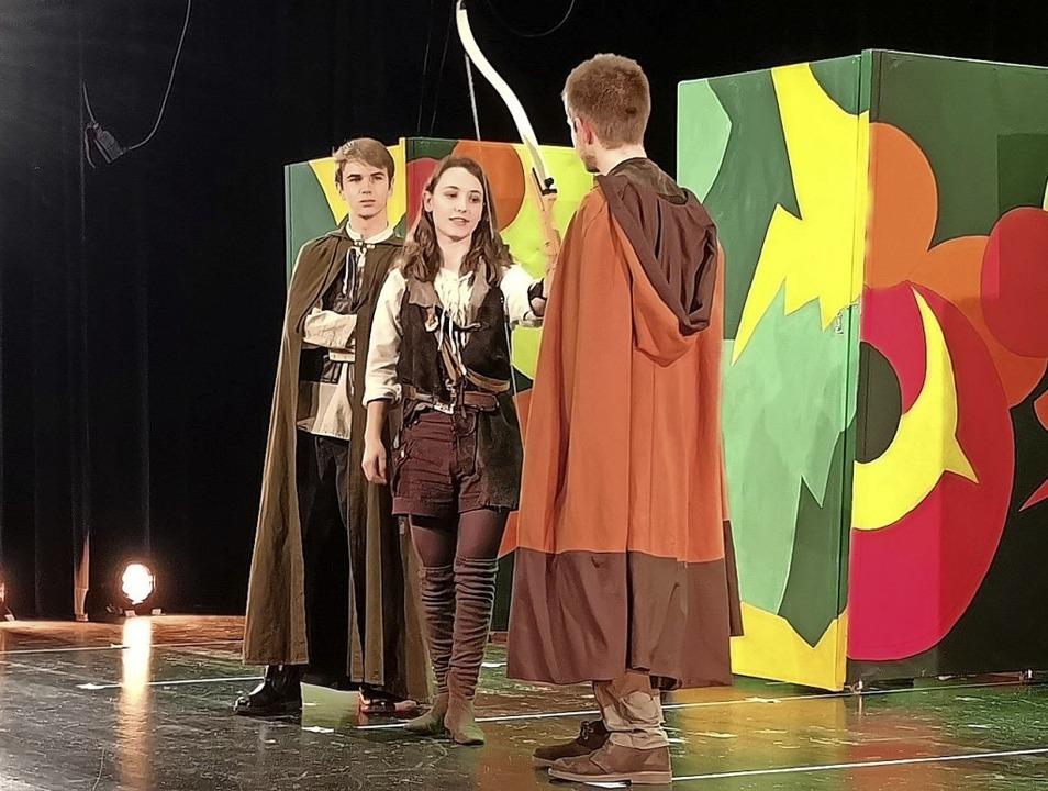Robin Hood wird gespielt von Julia Sanner.   | Foto: Nele Augenstein