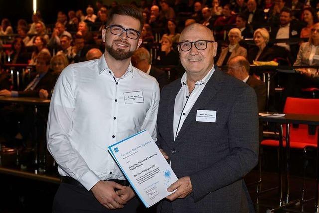 Nicolas Schandl erhält an der Hochschule den Förderpreis des Vereins Deutscher Ingenieure
