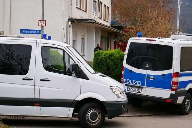 Polizei durchsucht Nagelstudios