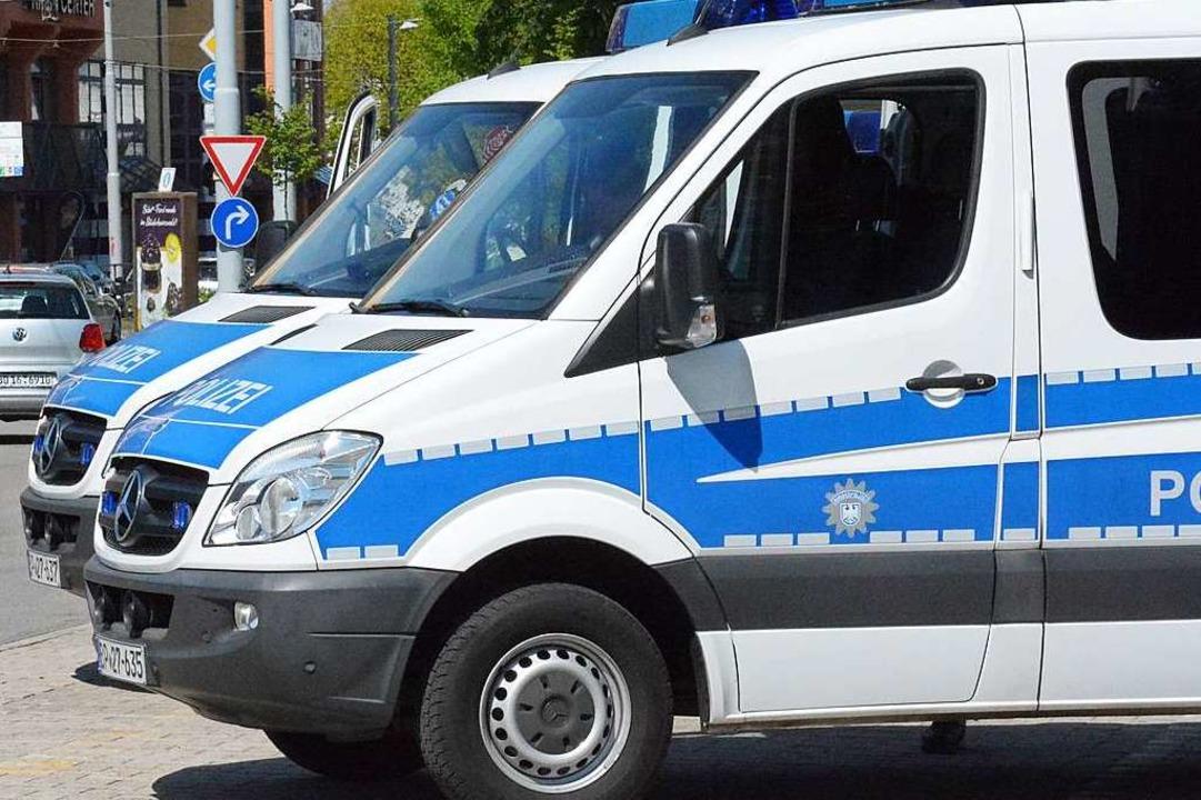 Spezialkräfte der Bundespolizei durchs... eine Wohnung in Lörrach (Symbolfoto).  | Foto: Hannes Lauber