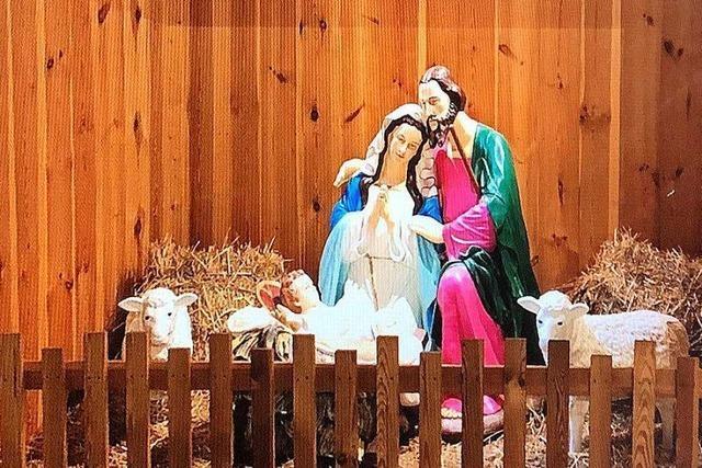 Unbekannte klauen metergroße Christusfamilie aus Krippe