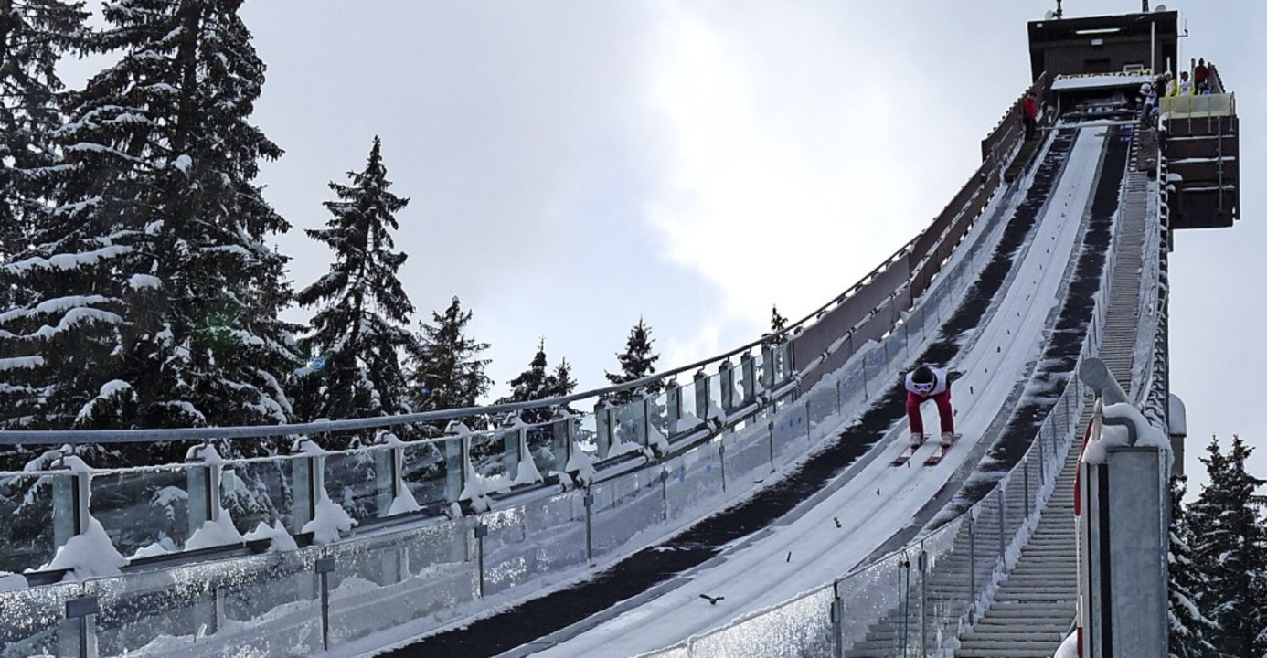 Zurück in der Spur: Der Waldauer Sebas...se in Seefeld in den Skisprung-Winter.    Foto: Johannes Bachmann
