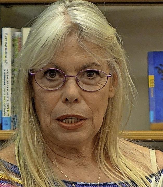 Die Autorin Petra Gabriel hilft  Menschen in Not.     Foto: Roswitha Frey