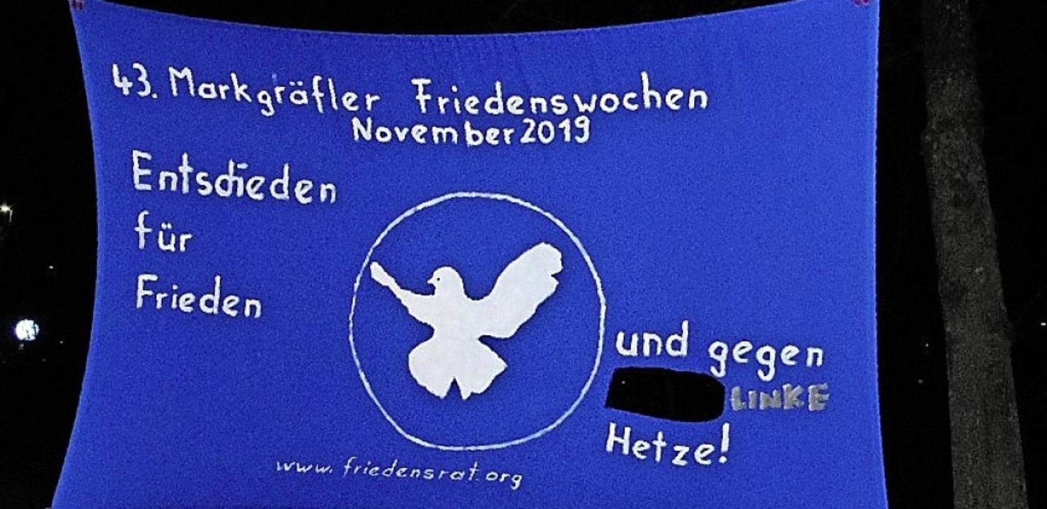 Das verunstaltete Banner des Friedensrats  | Foto: Friedensrat Müllheim