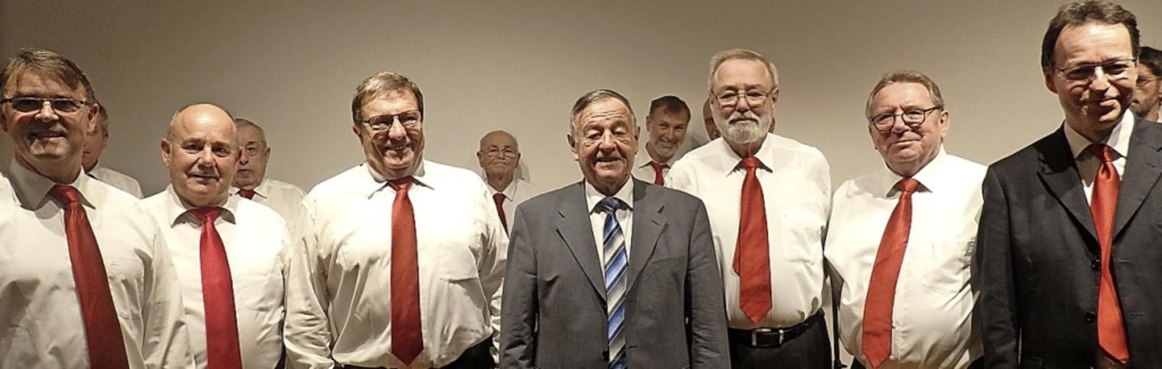 Michael Huber, Günter Schumacher, Helm...land und Horst K. Nonnenmacher  (v.l.)  | Foto: Bianca Flier