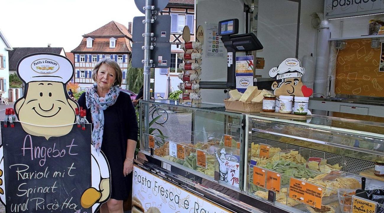 Petra Hansen an ihrem Marktstand   | Foto: Ulrike Hiller