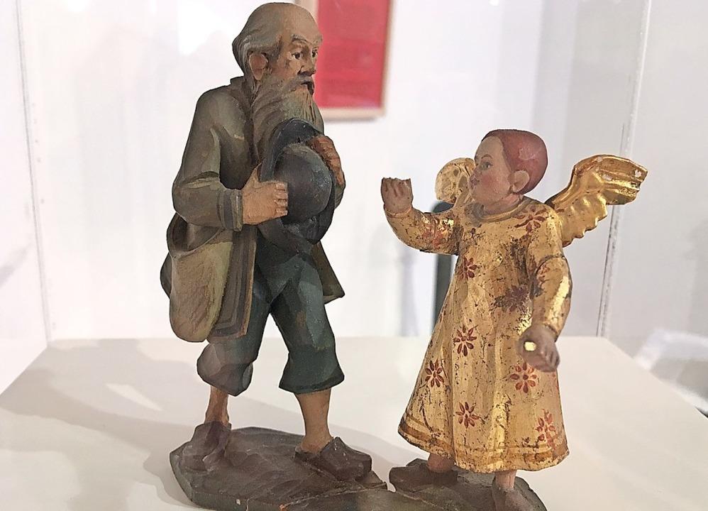 Auch diese geschnitzte und bemalte Fig...dert ist in der Ausstellung zu sehen.   | Foto: Stadt Waldkirch
