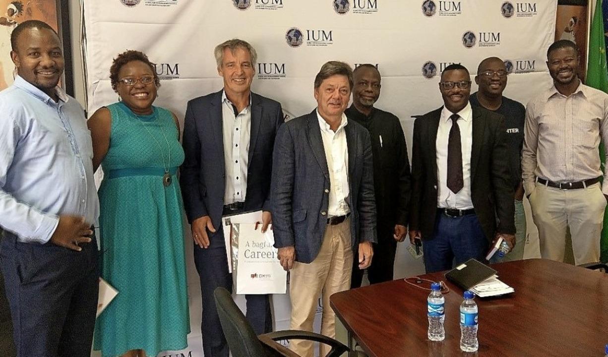 Loten Möglichkeiten der Kooperation au... University of Management in Namibia.   | Foto: DHBW
