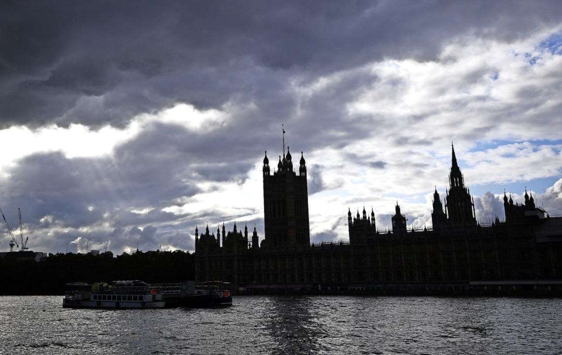 Blick auf Westminster, den Sitz des britischen Parlaments in London   | Foto: Victoria Jones