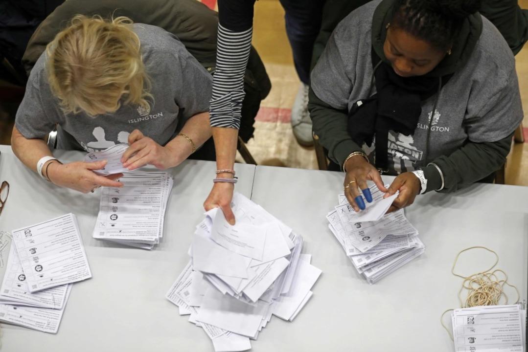 Amtlich: Johnsons Konservative holen absolute Mehrheit    Foto: ISABEL INFANTES (AFP)