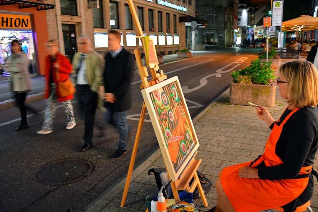 Das ist auch eine Art von Kunst im öff...ht 2018 in der Basler Straße ein Bild.    Foto: Barbara Ruda