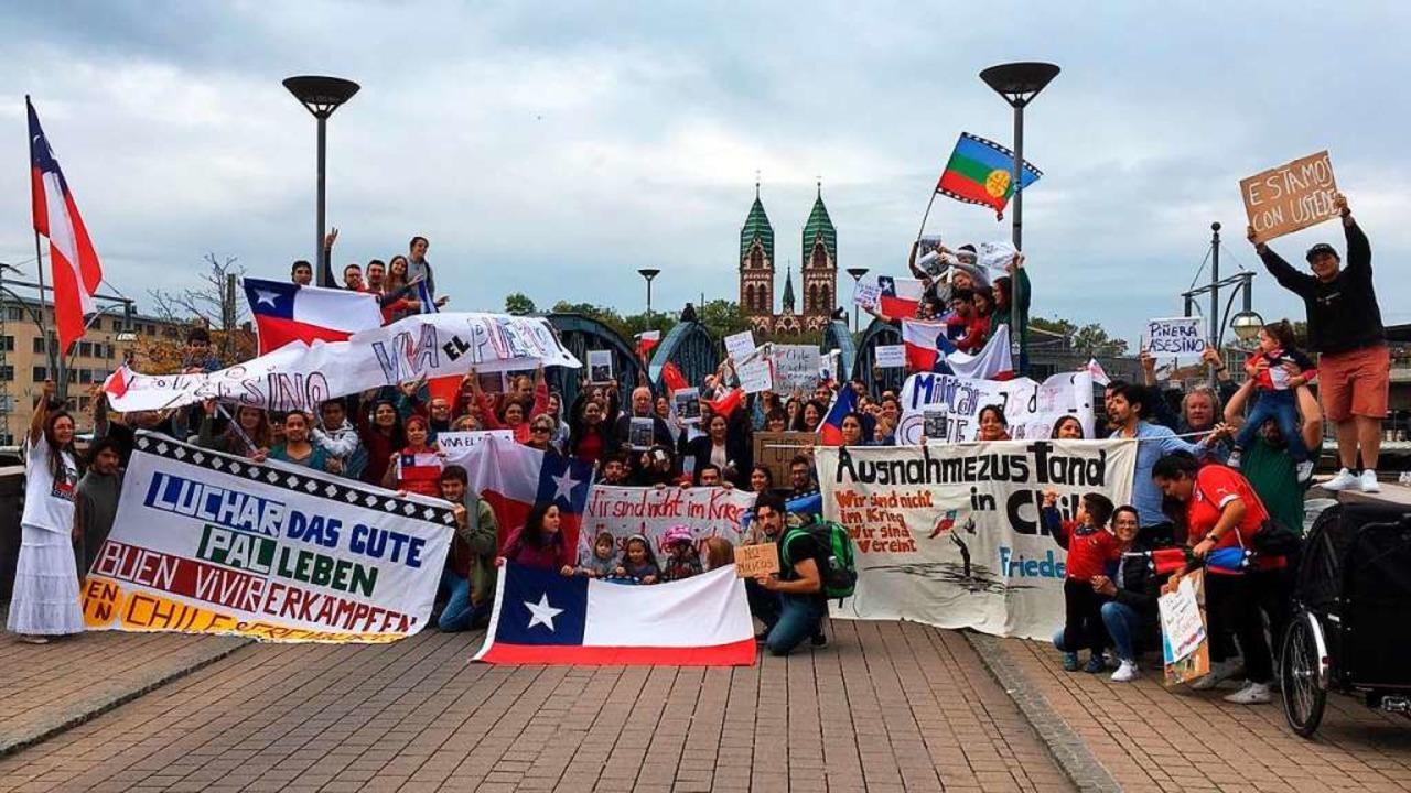 Chilenen machten Ende Oktober in Freib...hicksal ihres Heimatlandes aufmerksam.    Foto: Privat