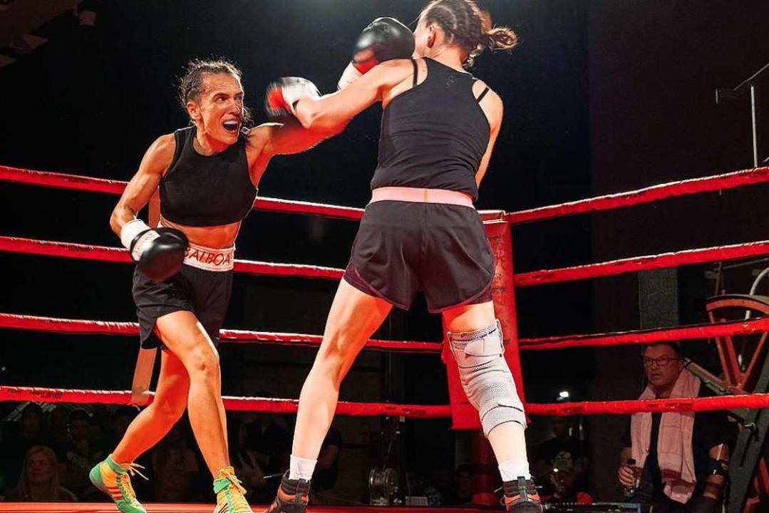 Ihre ersten beiden Profikämpfe gewann ...e. Am Samstag wird sie wieder kämpfen.  | Foto: Jacek Berezowslo/Boxclub Basel