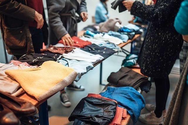 Im Unverpackt-Laden Glaskiste kannst Du am Sonntag mit anderen Kleidung tauschen