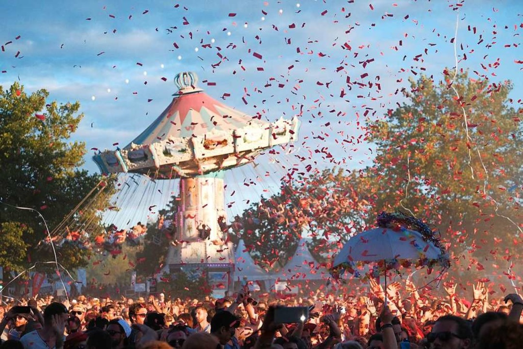 Sonne, Techno und Konfetti: Die Sea Yo... die größte Electro-Party in Südbaden.  | Foto: Miroslav Dakov