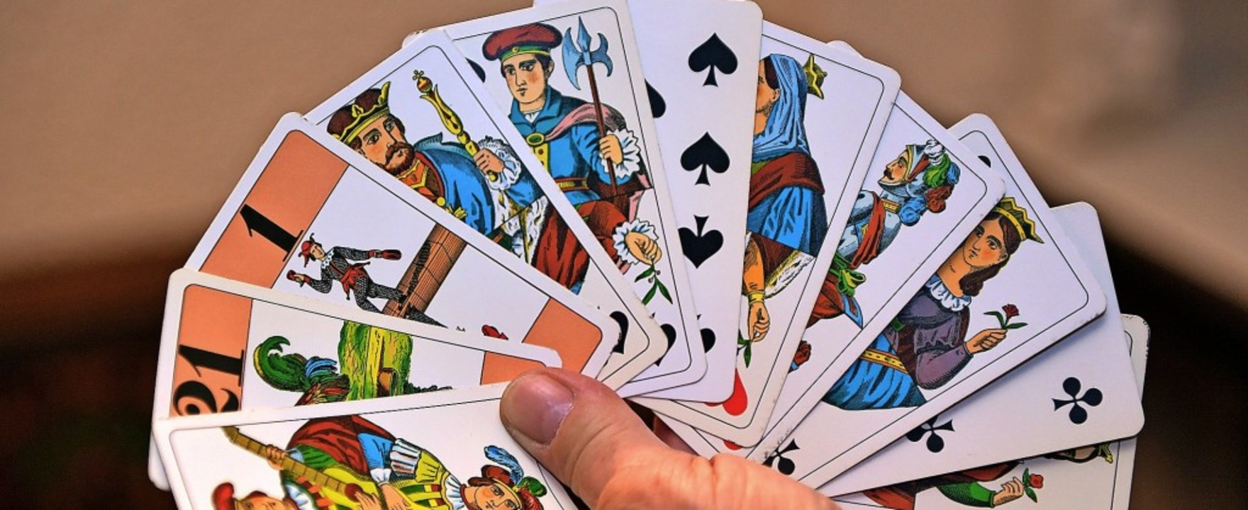 Ein Kartenspiel, das immer mehr Anhänger findet: Cego.   | Foto: Wolfgang Scheu