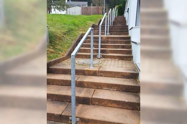 Die Treppen zur Ortsmitte sollen Rampen erhalten
