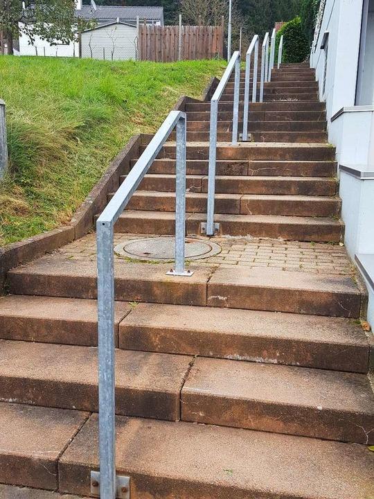 Die Treppe zwischen  Gartenstraße und ...l mit einer Rampe barrierefrei werden.  | Foto: Beate Zehnle-Lehmann
