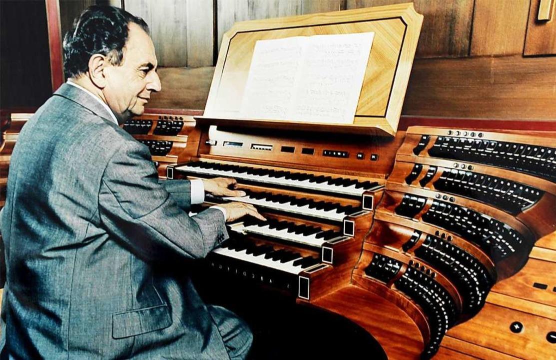 War schulebildend: Franz Lehrndorfer an der Jann-Orgel im Münchner Dom  | Foto: franzlehrndorfer.de
