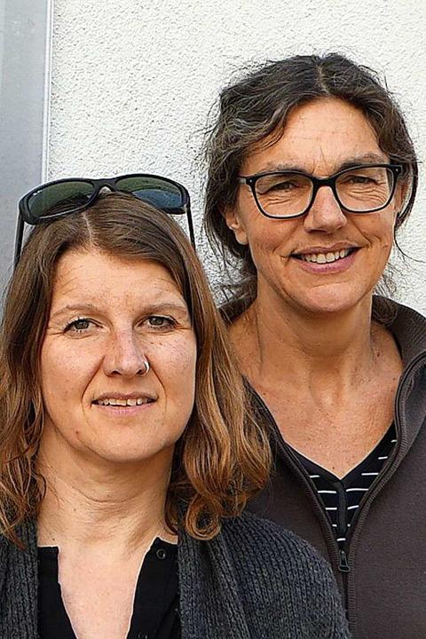 Carolin Throm (links) und Antje Lauber...zum hauptamtlichen Team im Frauenhaus.  | Foto: Sabine Ehrentreich