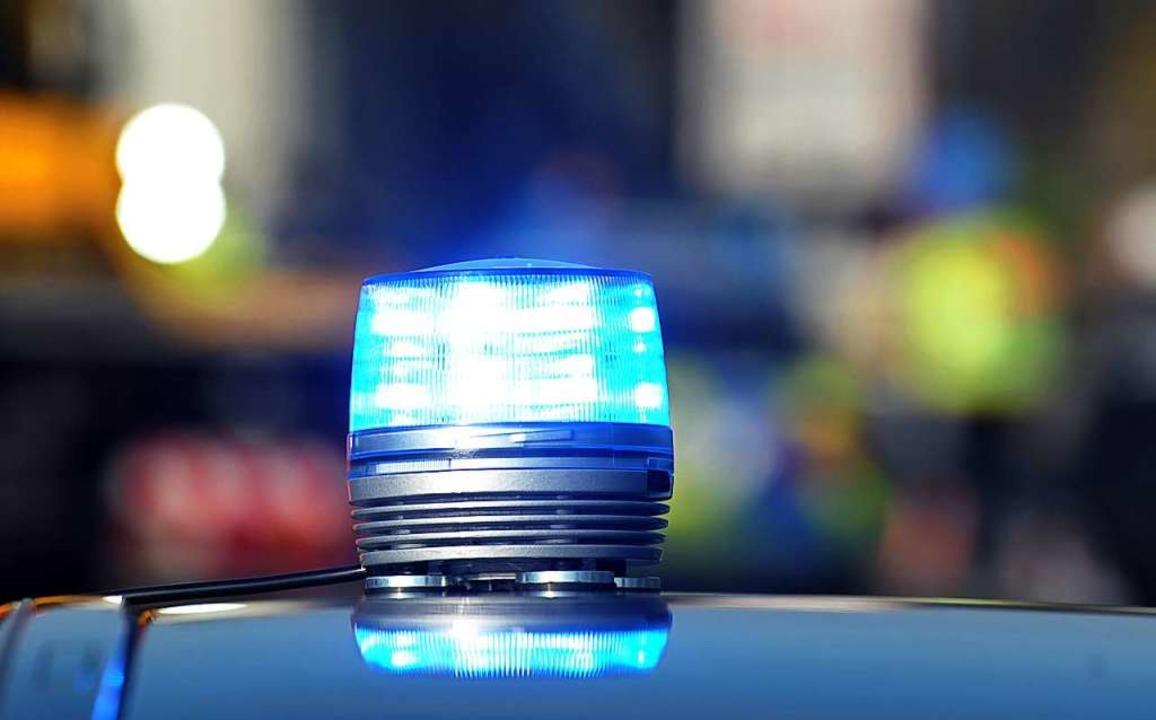 Arbeit für die Polizei: In die Apotheke in Reute wurde eingebrochen.    Foto: Stefan Puchner