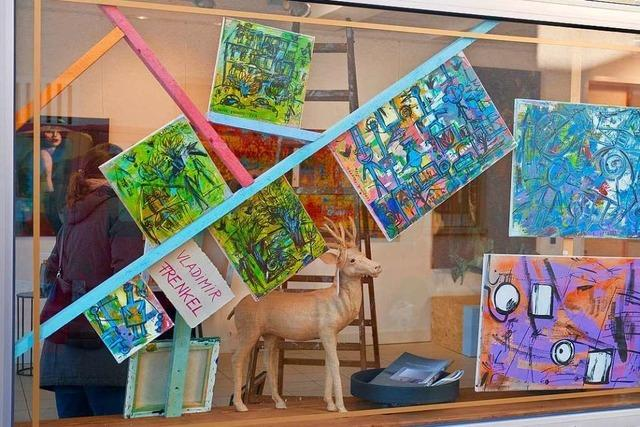 In der Lörracher Pop Up Galerie gibt es Kunst zum kleinen Preis