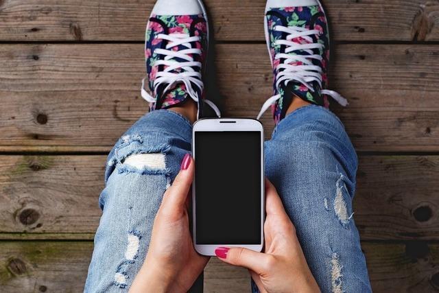 Warum ich lieber zum Handy als zur Zeitung greife