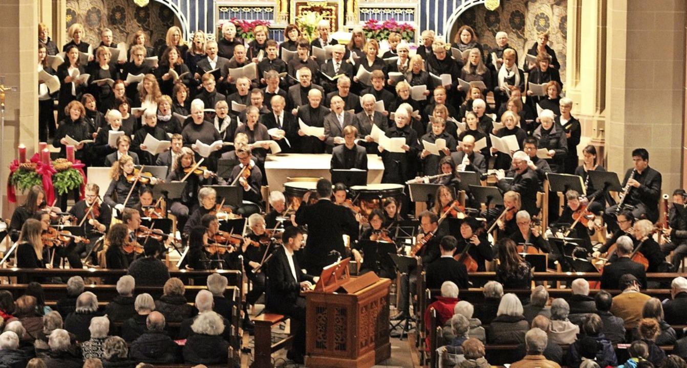 Das Weihnachtsoratorium von Johann Seb...ädter Münster St. Jakobus aufgeführt.   | Foto: Erich Krieger