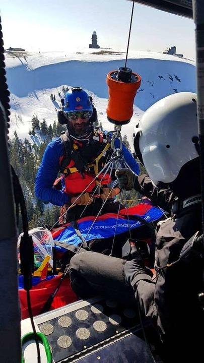 Auch die Luftretter der Bergwacht, hie...trainieren immer wieder den Ernstfall.  | Foto: Privat