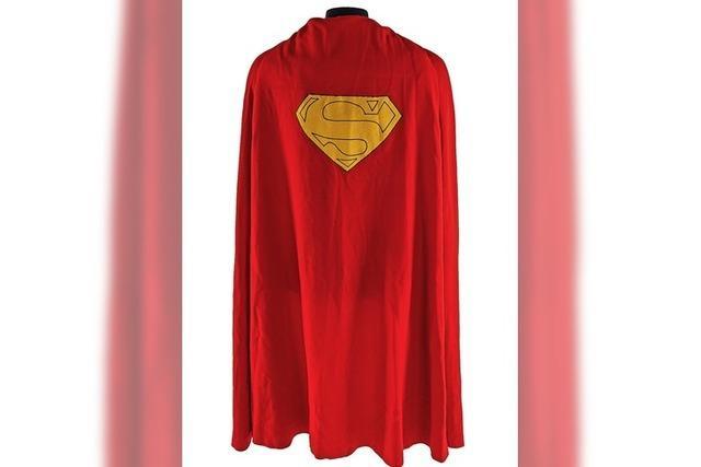 Superman-Umhang versteigert
