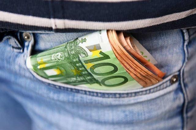 Inhaberin eines Weiler Porzellangeschäfts deckt Betrug mit Falschgeld auf
