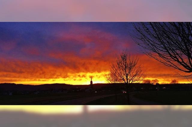 Sonnenaufgang über Kloster Schuttern