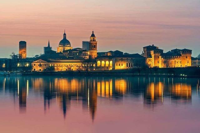 Mantua in Italien glänzt mit riesigen Palästen