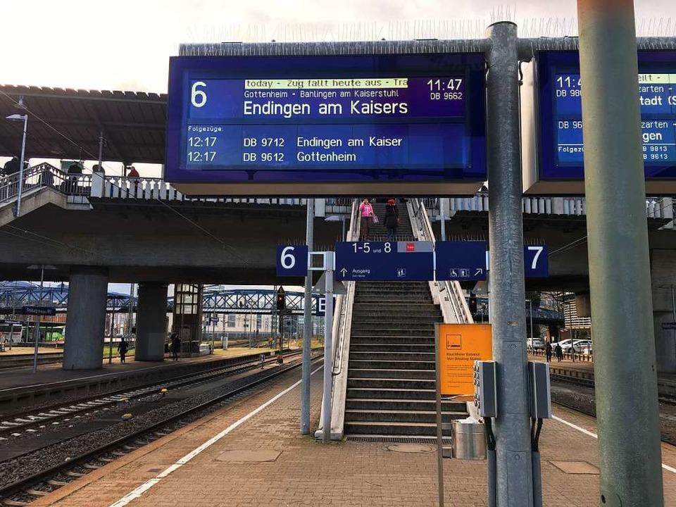 Verspätungen und Zugausfälle gab es jedoch auch heute wieder mehrfach.  | Foto: Christoph Giese