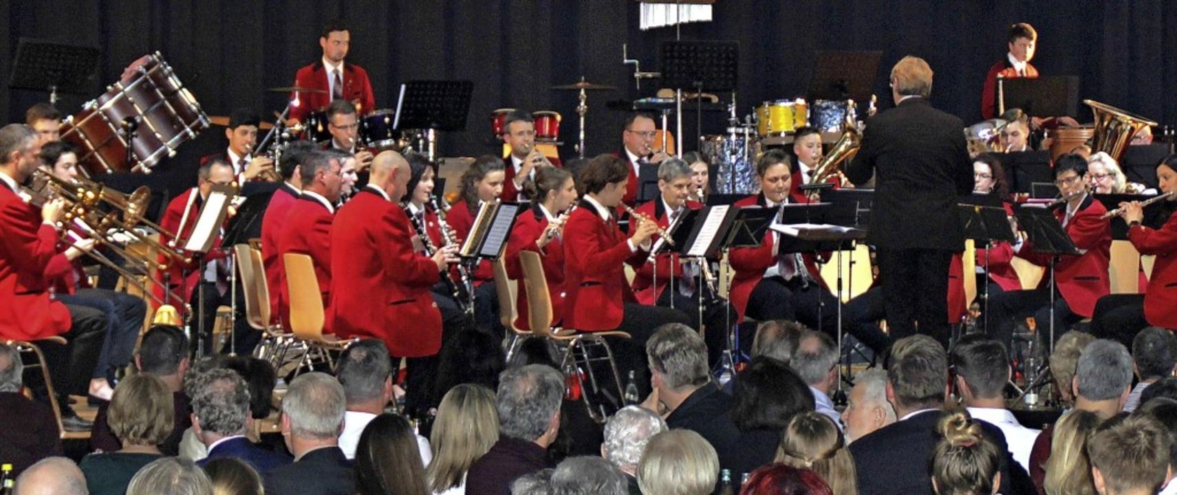 Ein überzeugendes Konzert bot der Musi... zum Abschluss des 175. Vereinsjahrs.   | Foto: Rolf Reißmann